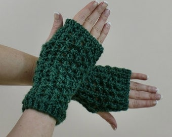 Fingerless Gloves - Green Lace Mitts - Boho Arm Sleeves - Typing Texting Half Finger Gloves - Bohemian Arm Warmers - Handmade Wrist Warmers