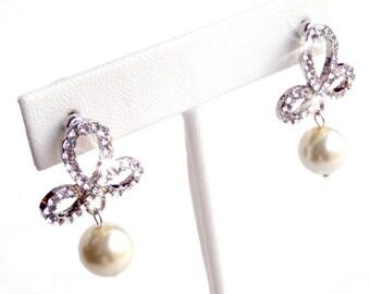 Fleur De Lis Rhinestone Earrings - Silver Chandelier Wedding Earrings - Ivory or White Pearl - Rhinestone Bridal Earrings