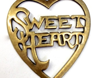 Sweet Heart Charms, Vintage Gold or Silver, Pack of 6  (1573ag)