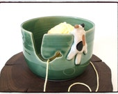 Yarn Bowl with Cute Calico Cat  in True Green by misunrie