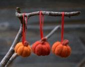 Felted Pumpkin ornaments 6 small felt wool fall autumn Weddings decor favor Thanksgiving Halloween home decor table decoration