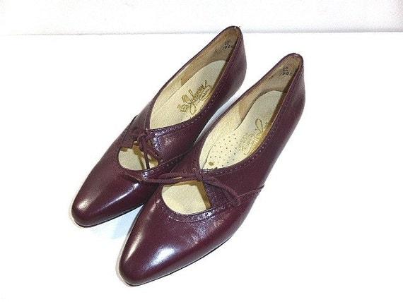 items similar to vintage johansen dress shoe size