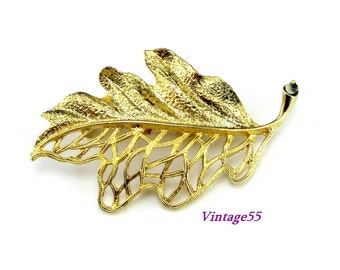 Brooch Oak Leaf Skeletal Glitzy Gold tone