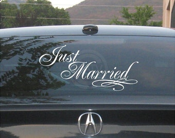 Just Married   Car Window Sticker Decal Wedding Decor Vinyl Lettering