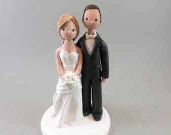 Wedding Cake Toppers - Personalized Bride & Groom Traditional Cake Topper