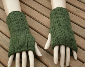 Hand Knit Glove - Rib FIngerless Gloves in Olive