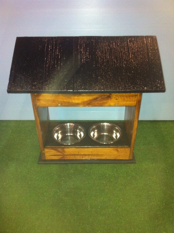DELUXE outdoor PET FEEDER with food storage, cat feeder, cat bowls, dog bowl, dog feeder