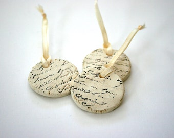 100 Ceramic French Stamped Circle Tags - Handmade Embossed Clay - Gift Tags - Party - Wedding Favors - Anniversary Decoration - Home Decor
