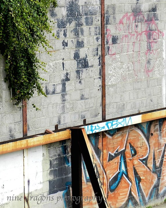 how to add graffiti to a photo