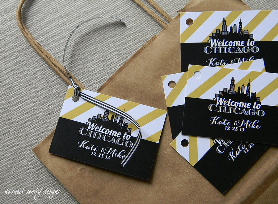 Personalized Luggage Tags Wedding Gift: Custom Wedding Favor Tags / Personalized Welcome Bag Tags