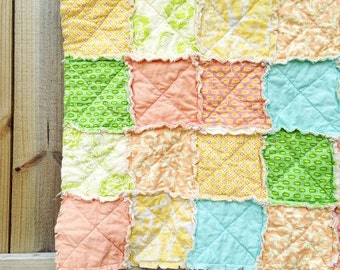 Rag Crib Quilt, Peachness, peach yellow pink aqua green, Girl, comfy cozy handmade baby bedding, Granny Chic in Modern fabrics baby