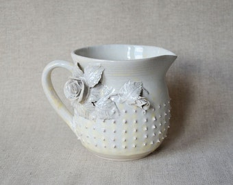 Milk pitcher - Cream granitic glaze with roses and pink dots - Stoneware