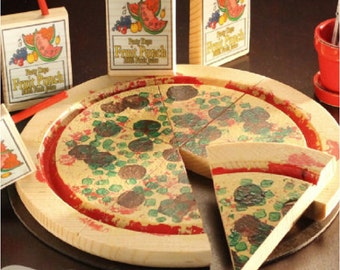 Wooden Food Pizza Party in a Box 14 Piece Set