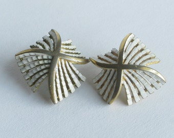 Trifari White and Gold Windmill Earrings Clip On