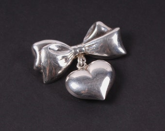 vintage 1940s 1950s sterling silver puffy heart bow tie brooch pin