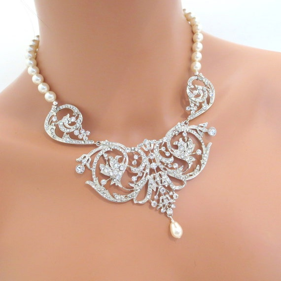 Bridal jewelry set, bridal necklace and earrings SET, bridal earrings, wedding jewelry with Swarovski crystals and pearls