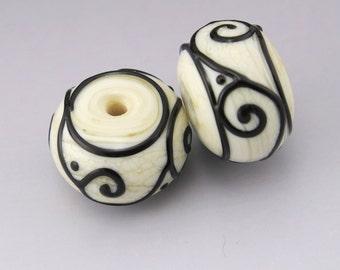 Beads Handmade Lampwork Black Scrolls Lines Ivory Cream Rondelle Earring Pair Heather Behrendt BHV SRA LETeam