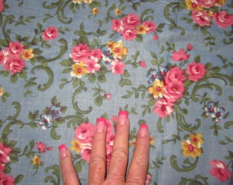 Old Fashioned Rose print cotton fabric