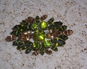 Vintage Peridot Green Rhinestone Brooch or Pin