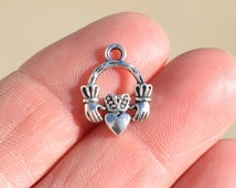 10  Silver Claddagh Charms SC1580