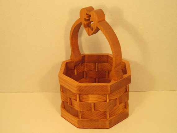 Handmade Heart Basket : Basket with heart bear in handle handmade