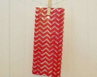 Printed Cellophane Bags - Chevron Red (Set of 25)