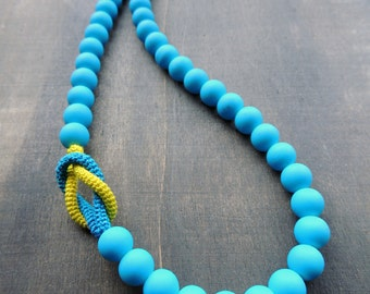 Sale 50 %: Matte deep sky blue glass beads pimped with a lemon and turqoise crochet tube