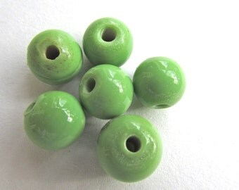 6 lime green glass vintage beads