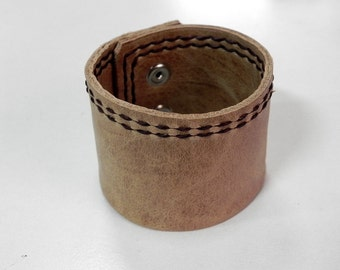 Men Leather Cuff Leather Bracelet in Tan Color with Hand Stitched