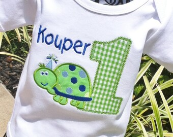 Appliqued Boys Turtle with Birthday Age