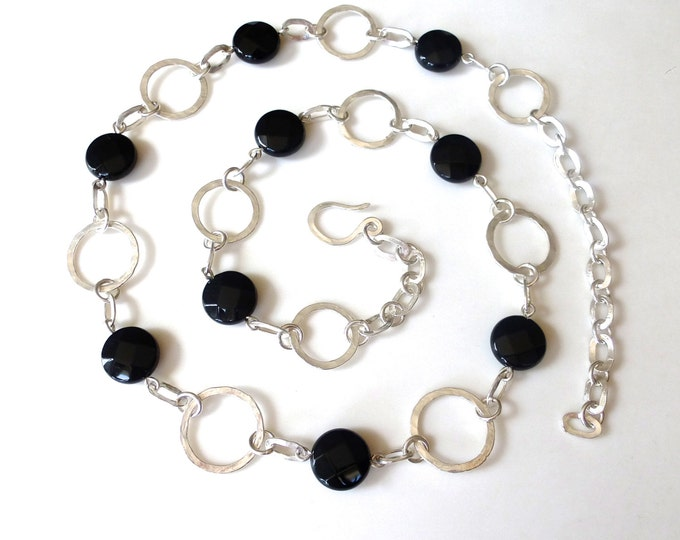 Hammered Sterling Silver Circles Necklace with Onyx Beads