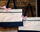 9 Brideamaid Gift Wedding Totes, Bridesmaid Gift, Monogrammed Tote Bag, Bridal Party Bags