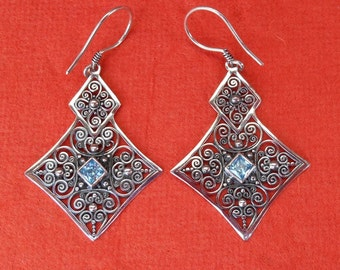 Balinese Sterling Silver Topaz dangle Earrings / 2 inches long / silver 925