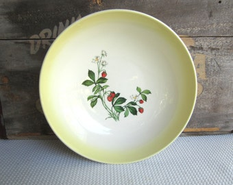Vintage Strawberry Taylor Smith Taylor Round Vegetable Bowl Serving