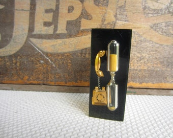 Vintage Mid Century Lucite  Gold Telephone Phone Timer Made in Hong Kong