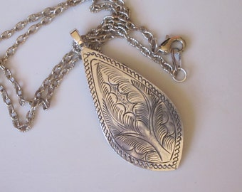 Large Etched Silver Teardrop Pendant Necklace Hill Tribe Etched Metal Dangle Free Domestic Shipping