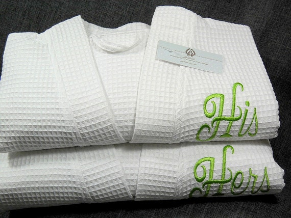 his and hers monogram bathrobes couples personalized robes. Black Bedroom Furniture Sets. Home Design Ideas