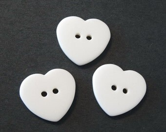 20pcs 2 Hole Buttons...Heart Shaped... Off White...24mm... Sewing... EB182