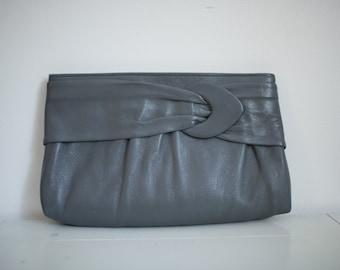 Vintage Ande Grey Clutch Buckle Purse