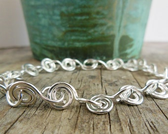Sterling Silver Bangle Bracelet- Swirl Chain Bracelet- Linked Chain Bracelet, Jewelry for Women, Hammered Silver bangle
