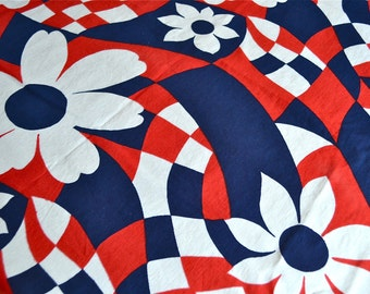 Vintage Fabric - Mod Daisy Print in Red White and Blue Broadcloth - By the Yard