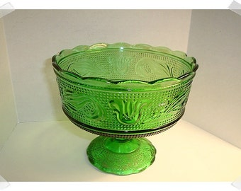 Vintage Green Pressed Glass Compote w/Pedestal/ Home Decor*
