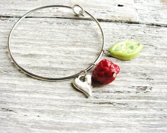 Heart & Rose Bangle Heart Charm Bracelet Green Red Ceramic Leaf Charm Rose Bead Nature Inspired Bangles Garden Jewelry Minimalist Metal