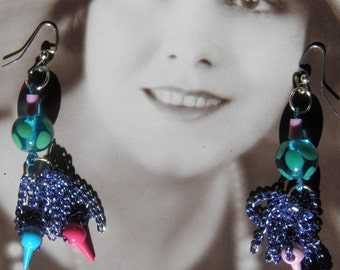 Earrings of Blended Color and Chain