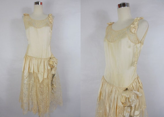 Cream Wedding Gown: 1920's Vintage Cream Satin And Lace Wedding Dress With