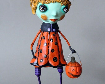 Halloween Witch Clay Figurine Craft One of a kind paperclay Doll