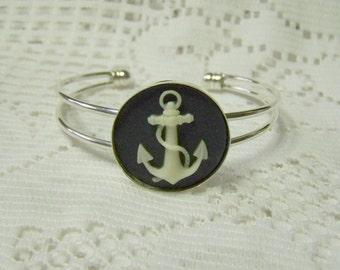 Anchor  Bracelet - 3D Cameo - Silver - Navy & Ivory Cream - Adjustable Bangle Cuff Bracelet - round