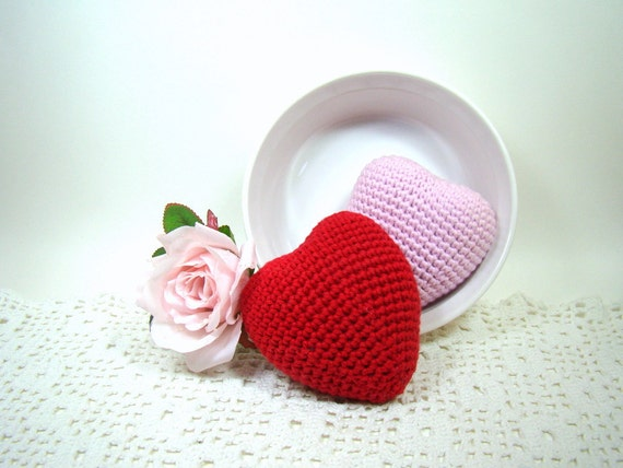 https://www.etsy.com/listing/175647766/valentine-heart-decoration-crochet-heart