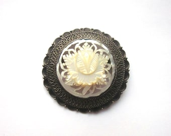 Sterling Silver Carved Mother of Pearl Vintage Brooch/Pendant MOP Jewelry