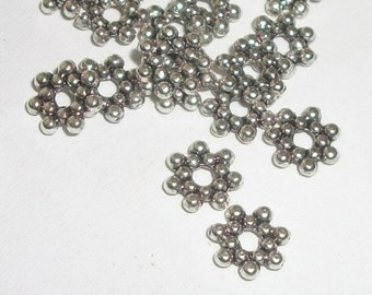 Antique silver plated pewter 6x1mm rondelle shaped spacer beads -- 100 pieces  (MB8948AS)